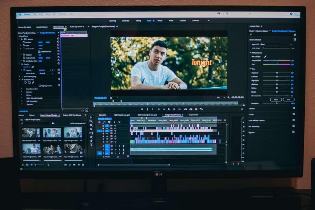 captura de tela com editor de vídeo aberto