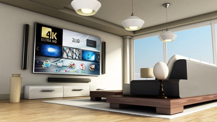 imagem de uma smart tv 4k em uma sala de estar moderna