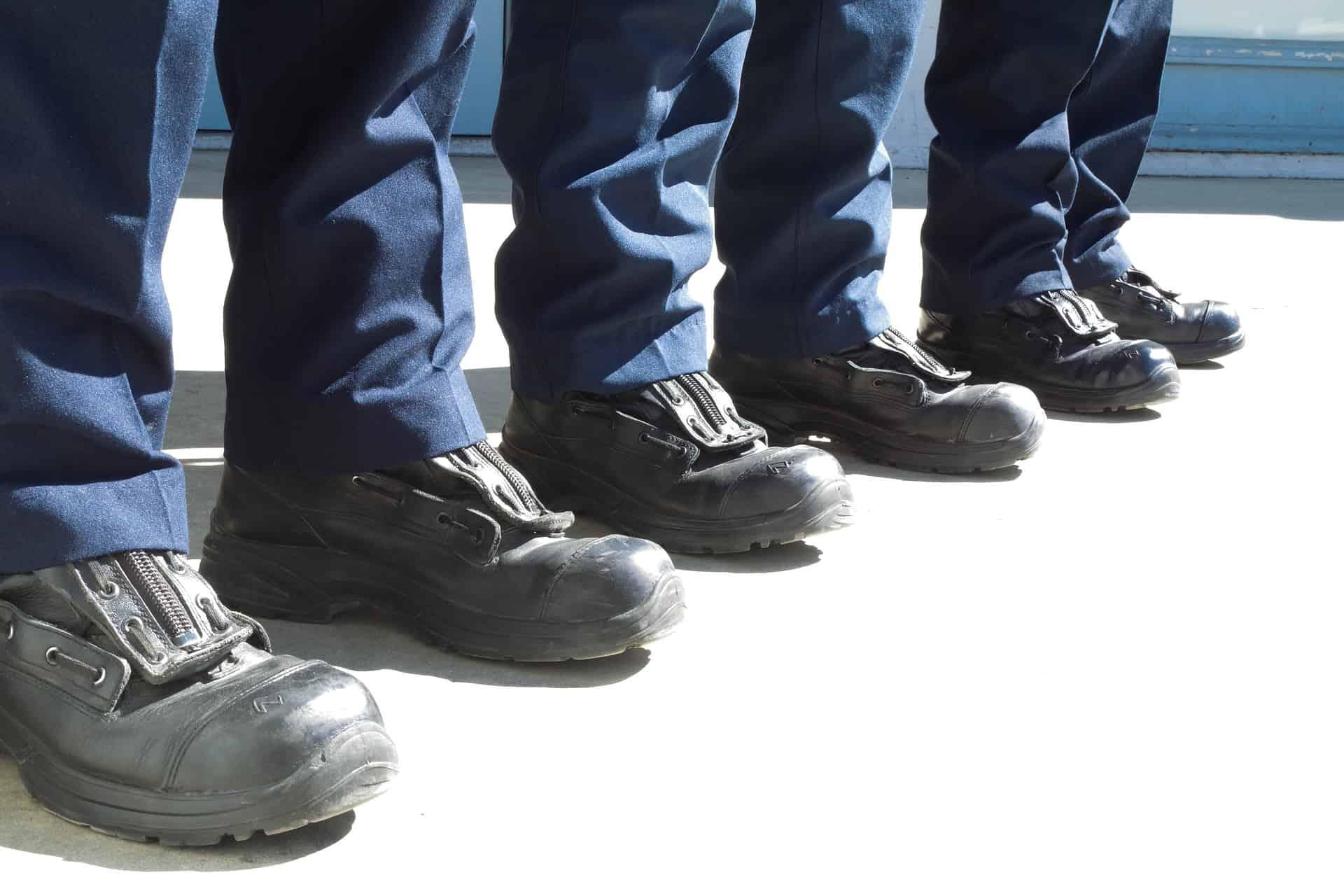 Sapato de segurança: Como escolher o melhor de 2020? | REVIEWBOX