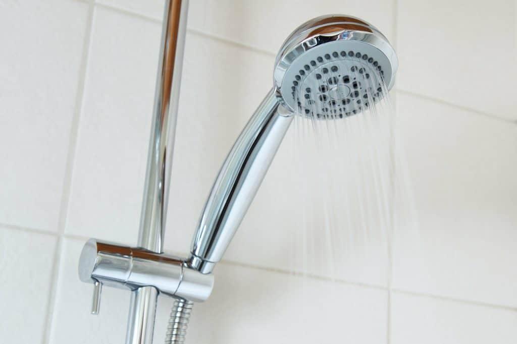 Imagem de uma ducha.
