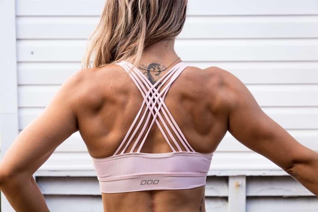 Imagem de uma mulher musculosa