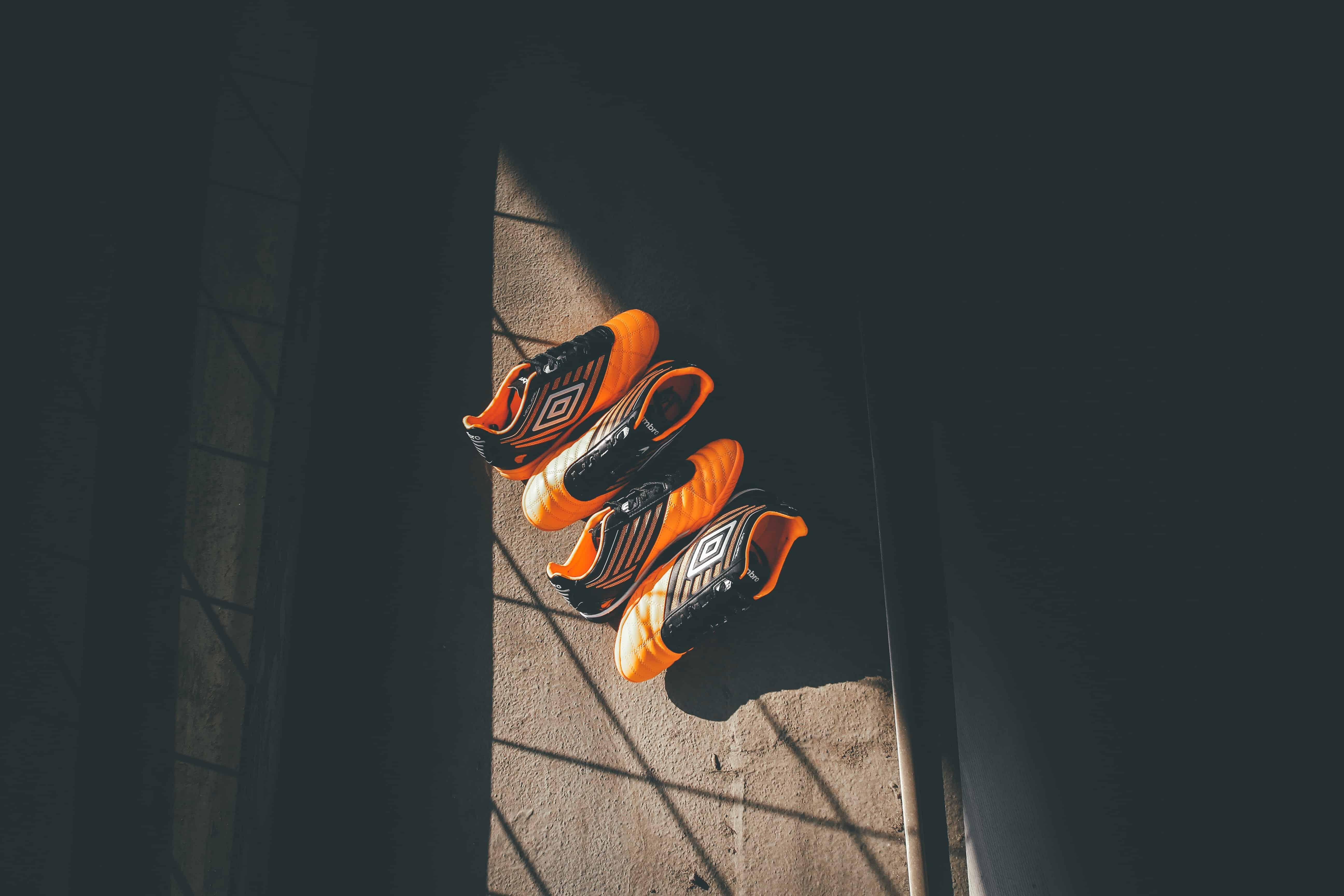 def6fecfa438 Tênis de futsal: Como escolher a melhor chuteira em 2019? | REVIEWBOX