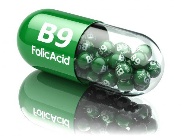 Cápsula de ácido fólico (vitamina B9).