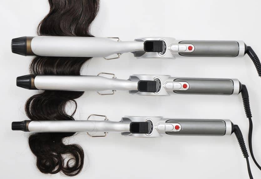 Imagem de três modeladores de cacho.