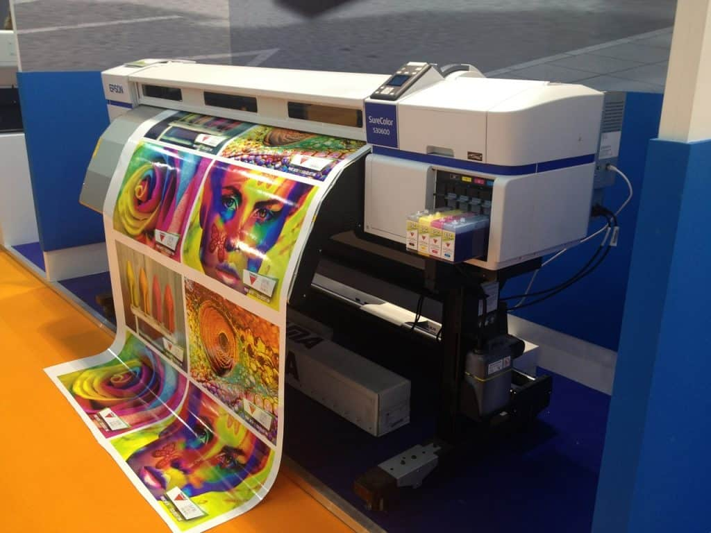 Imagem de impressora industrial colorida