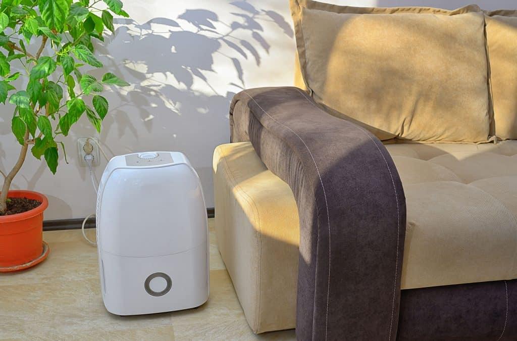 Imagem de um purificador de ar grande.