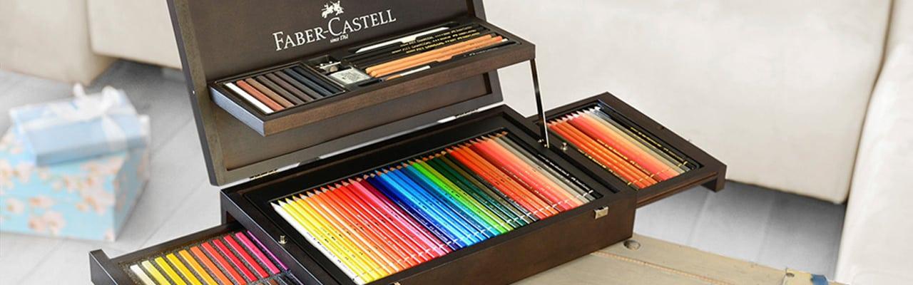 Imagem de um conjunto de lápis de cor Faber Castell.