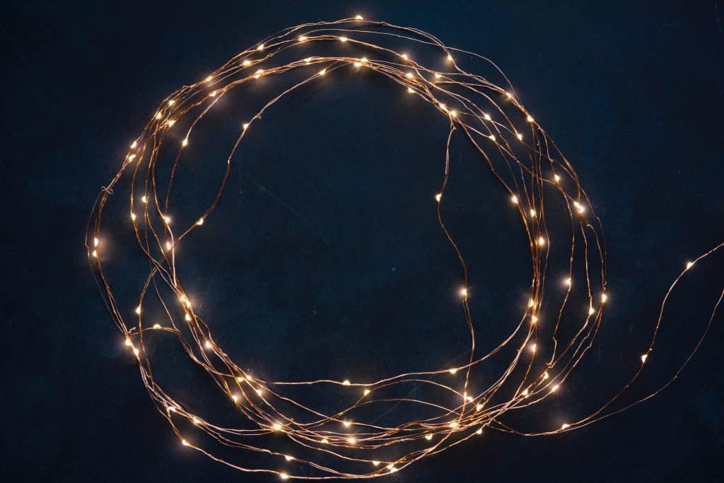 Imagem de um cordão de LED.