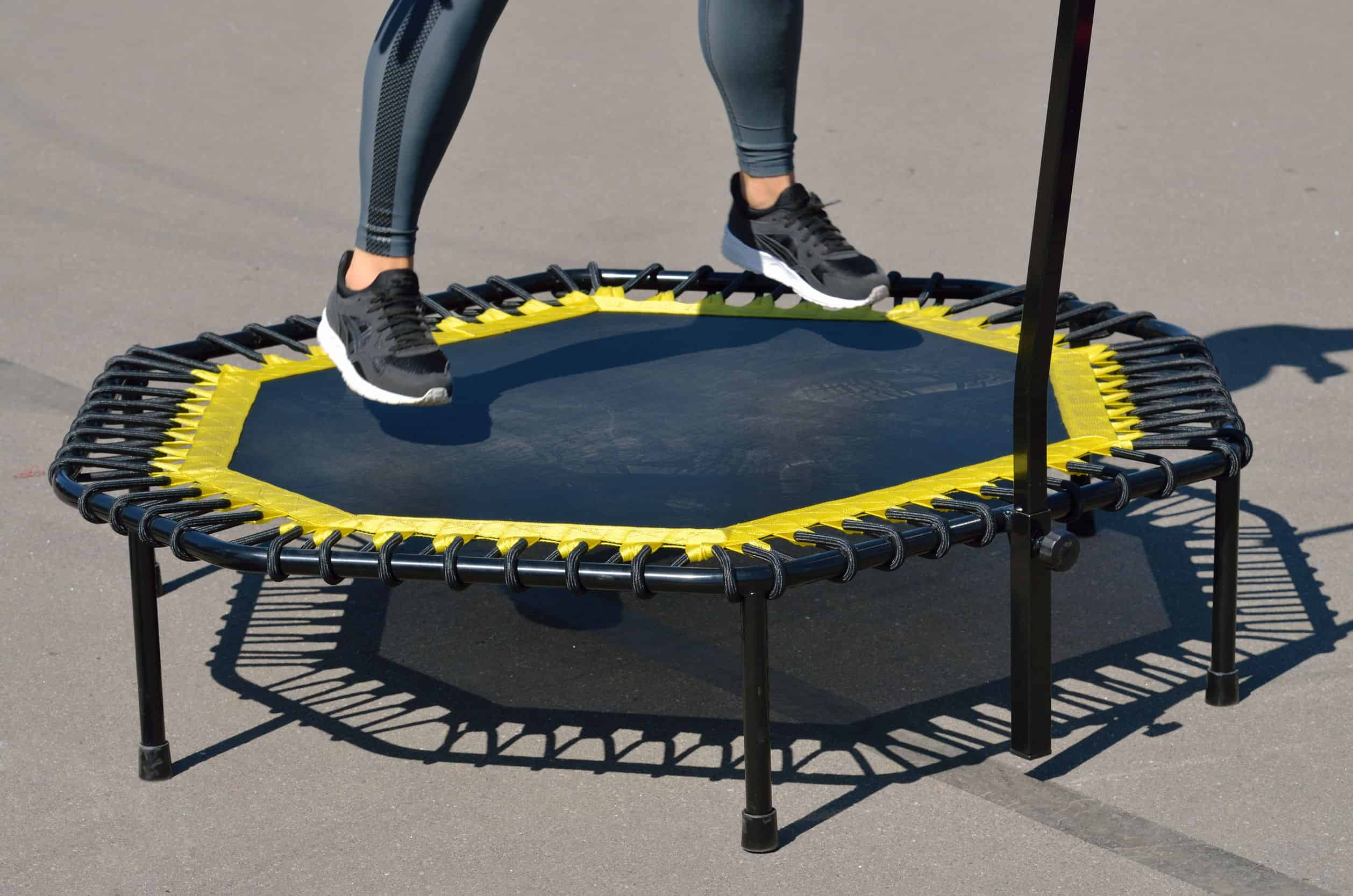 Imagem de uma minicama elástica (jump).