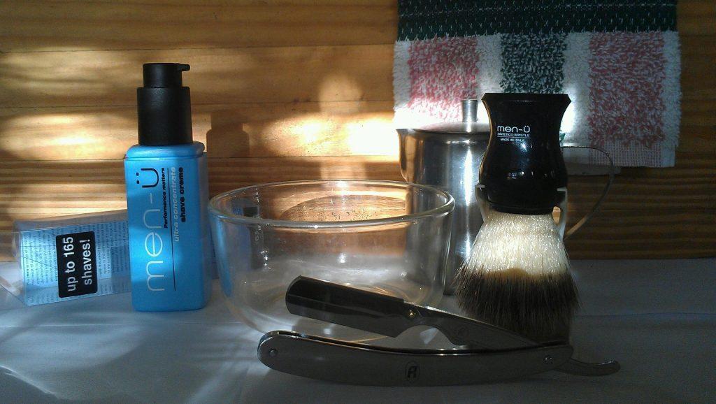 Kit de barbear com navalhete de lâmina descartável
