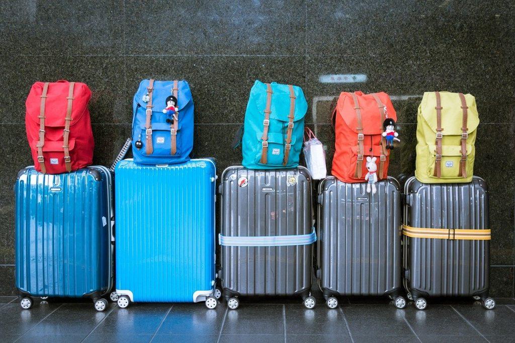 Malas e mochilas.