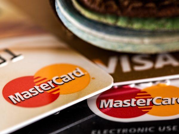 Pontos no cartão de crédito: Conheça os melhores programas em 2020