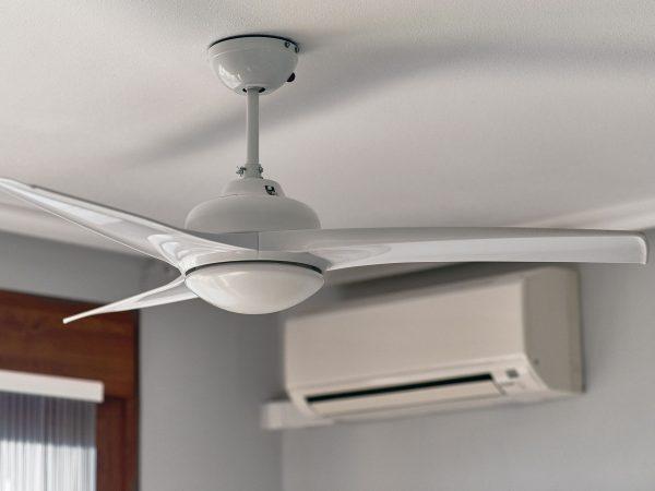 Imagem de um ventilador de teto.