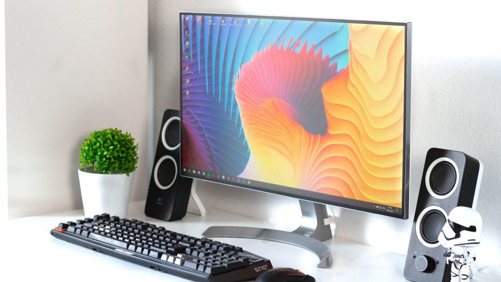 Imagem de um desktop.