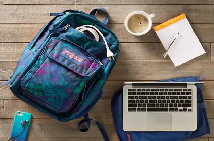 Imagem de uma mochila Jansport.