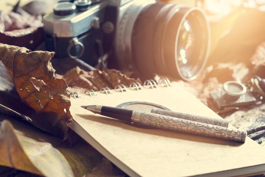 imagem de uma caneta com câmera espiã.