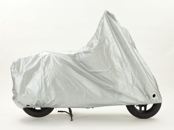 Imagem de uma capa cobrindo uma motocicleta