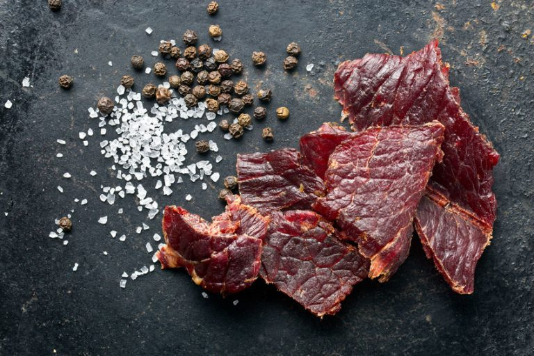 Imagem de carne seca preparada em desidratador de alimentos