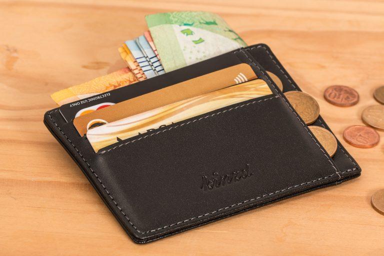 Imagem de uma carteira porta-cartão