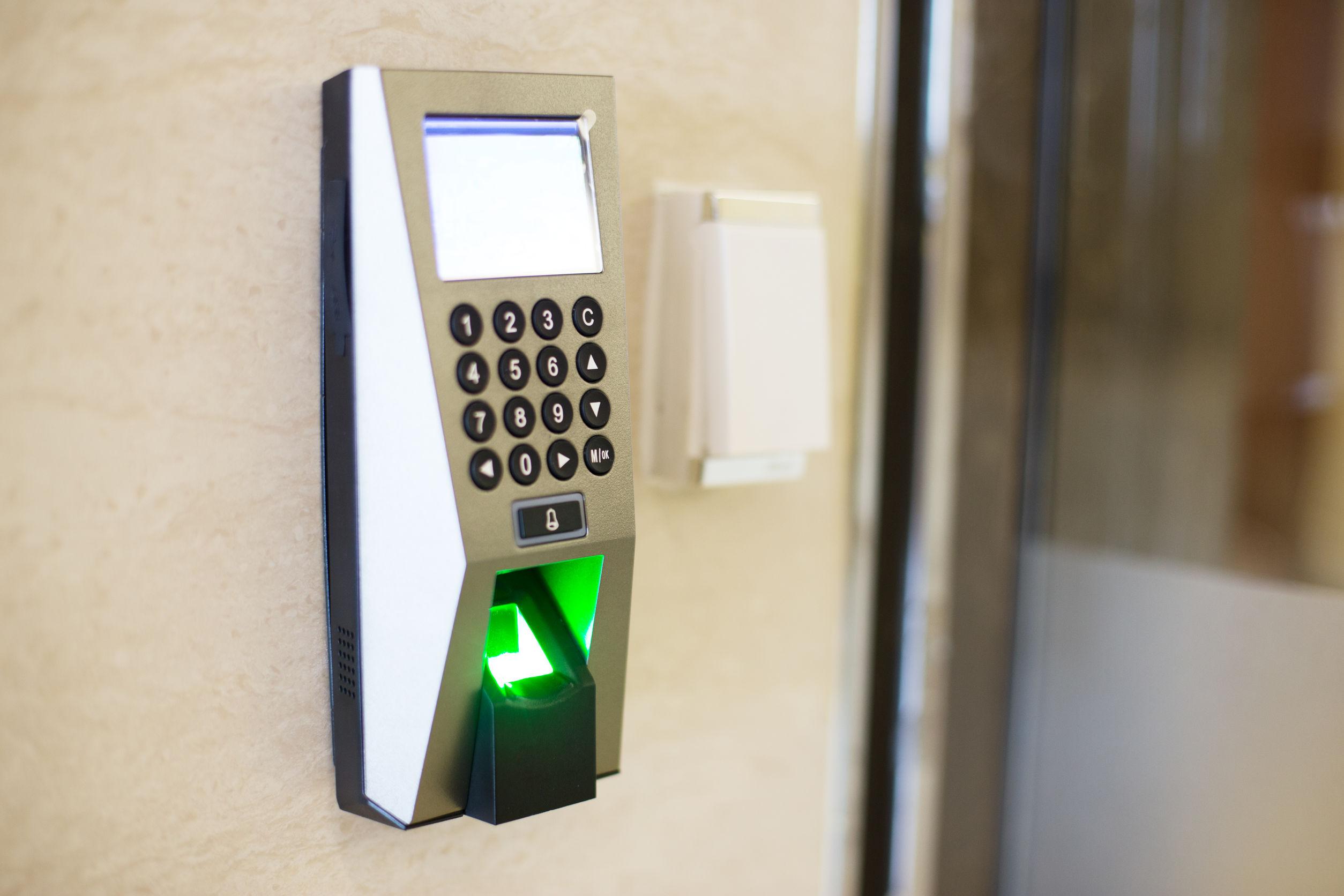Fechadura biométrica.