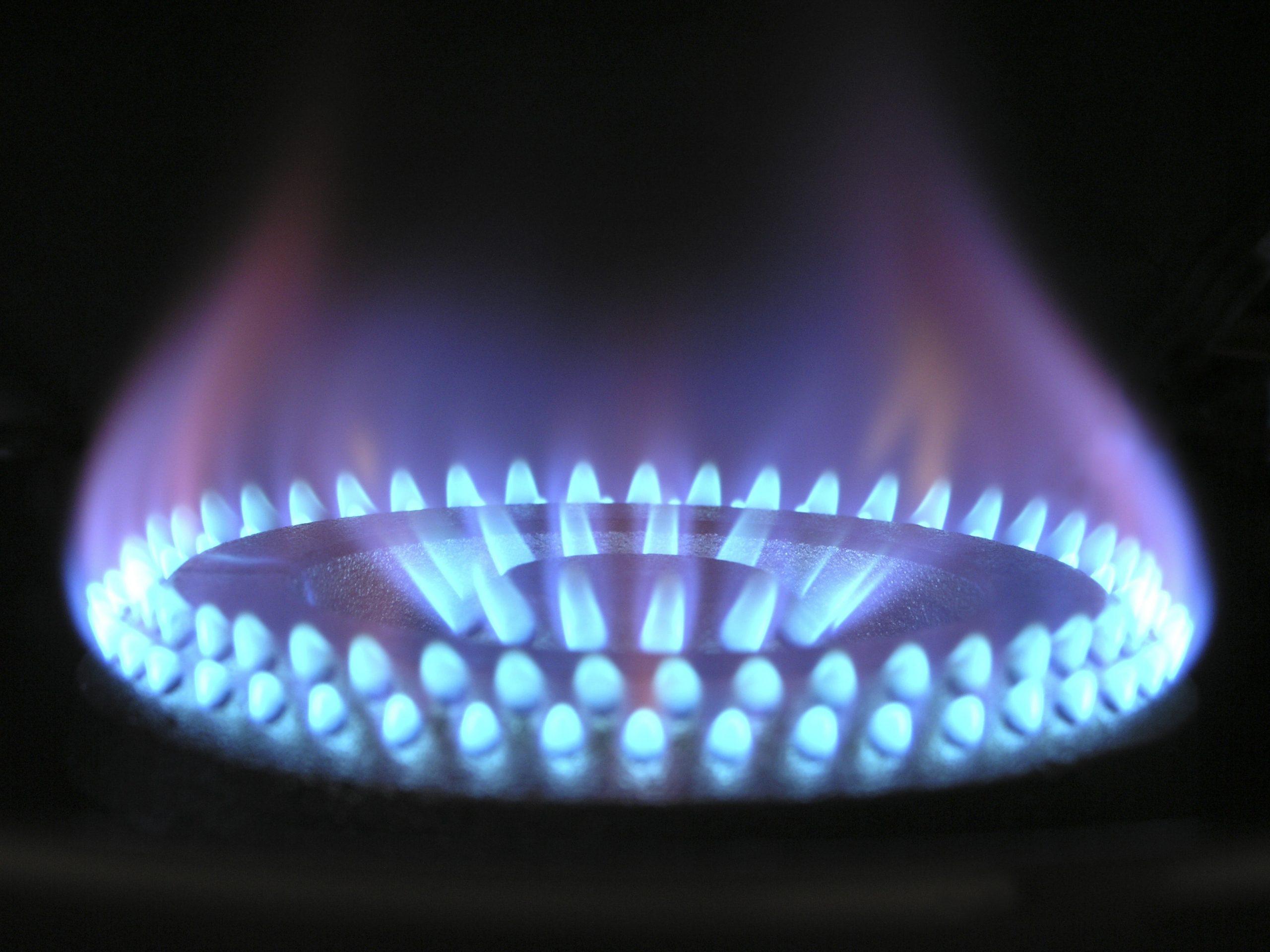 Imagem de uma chama de fogão.