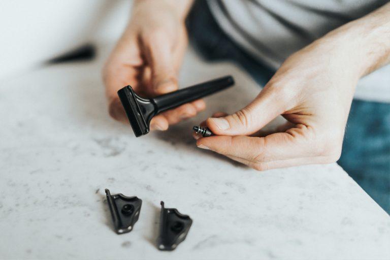 Imagem de aparelho de barbear Gillette com cabeça móvel
