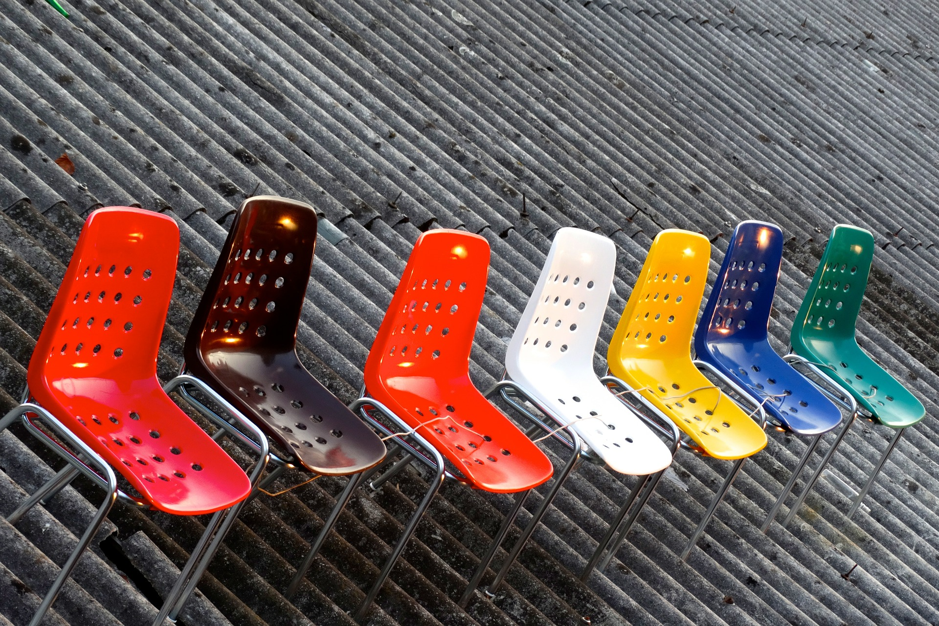 Cadeira De Plastico Saiba Como Escolher O Melhor Modelo Em 2020