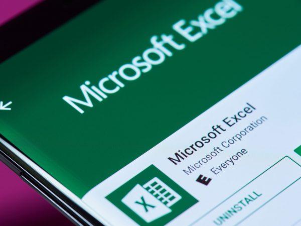 Programa Microsoft Excel no computador.
