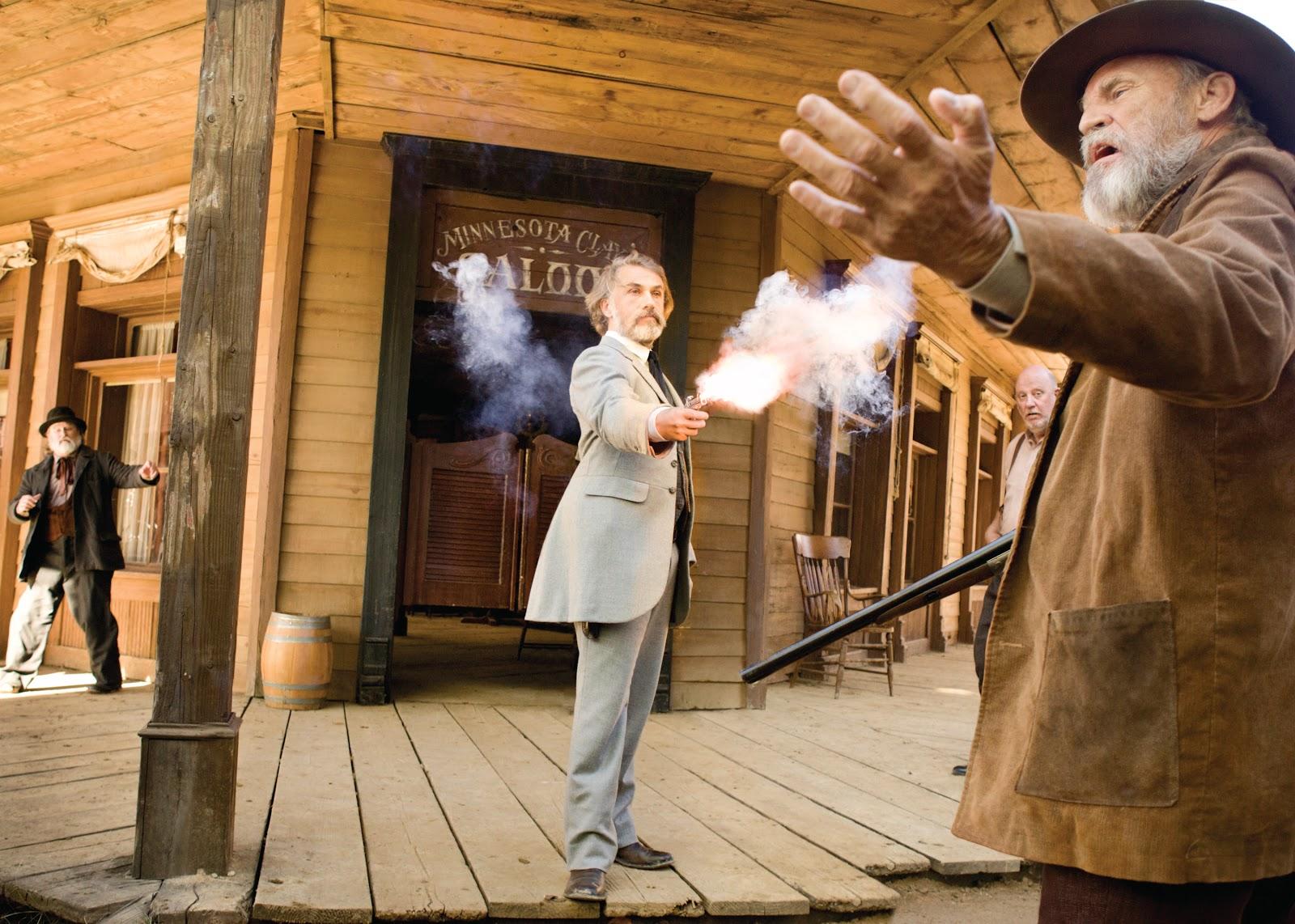 """Imagem mostra uma cena do filme """"Django Livre""""."""