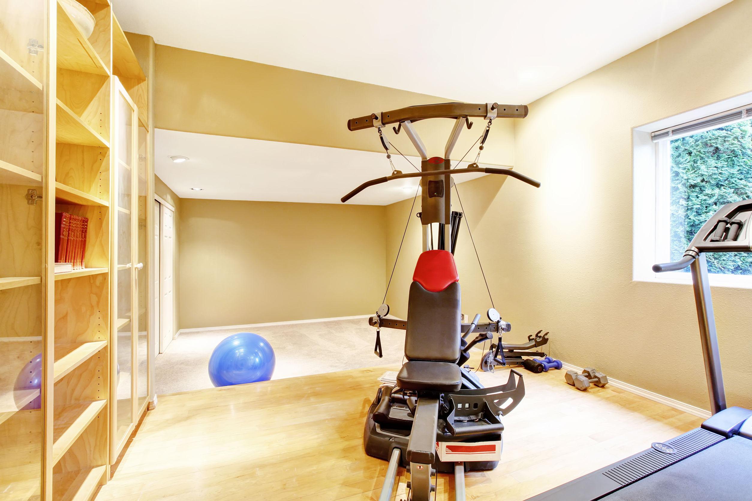 sala dedicada a academia em casa